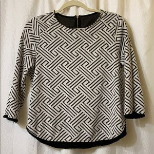 Vintage style striped top.